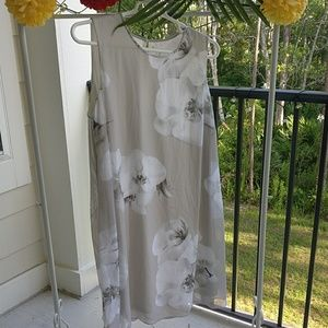 Calvin Klein fully lined gray floral dress